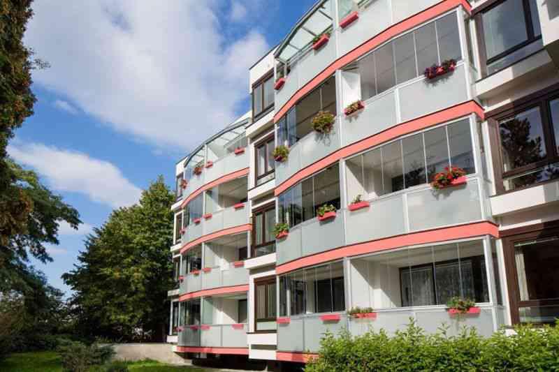 systemy zabudowy balkonów